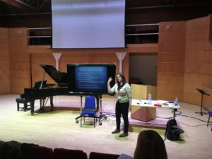 Una MacGlone Presents at Teaching and Learning Weekend